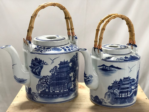 Blue and white water jar (2 sizes)