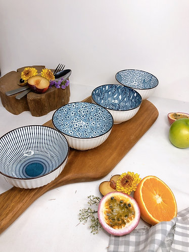 Blue and white bowl (small)