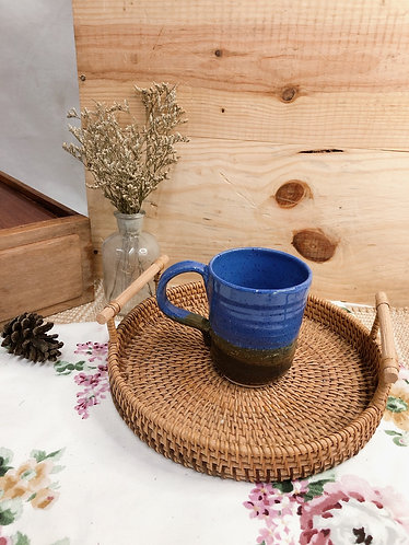 Blue x brown cup with handle