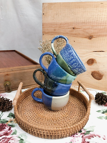 161ml - 169ml | blue-ish cup with bean ( 4 designs)