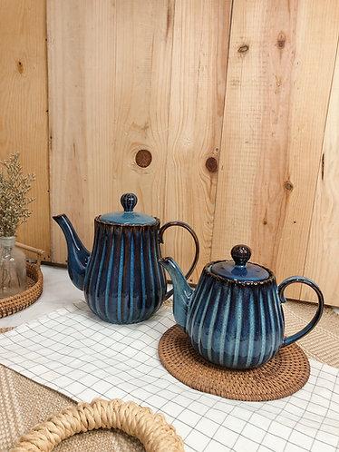 Scallop x blue | Teapot (2 sizes)