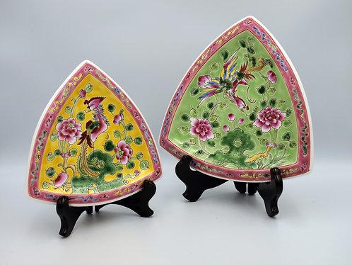 Peranakan triangle plate (2 sizes)