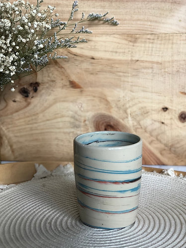 Coloured marbling cup x polka dots matt
