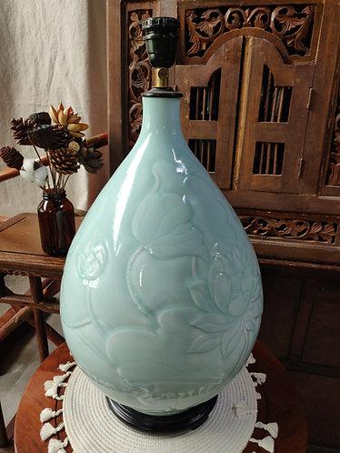 Jade Green Floral Belly Vase Lamp