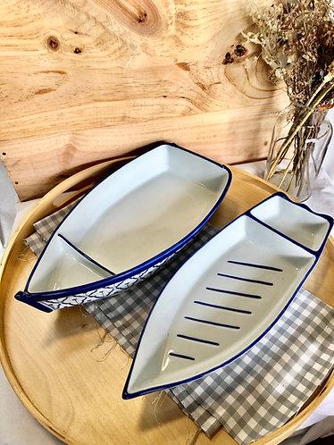 B/W boat platter