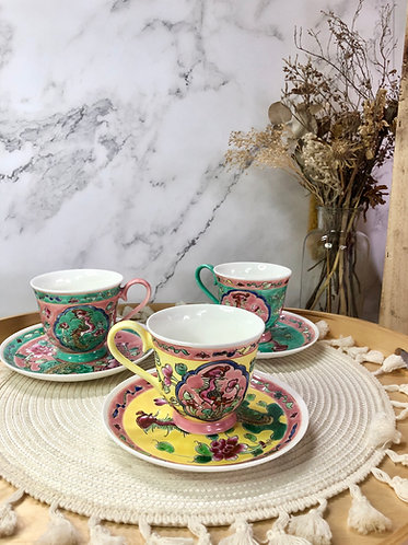 Peranakan cup with saucer (3 colours)