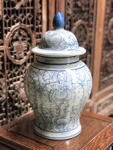 Blue&white ginger jar