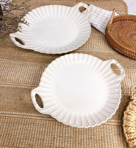 Scallop x white | Tray with 2 handle (2 sizes)