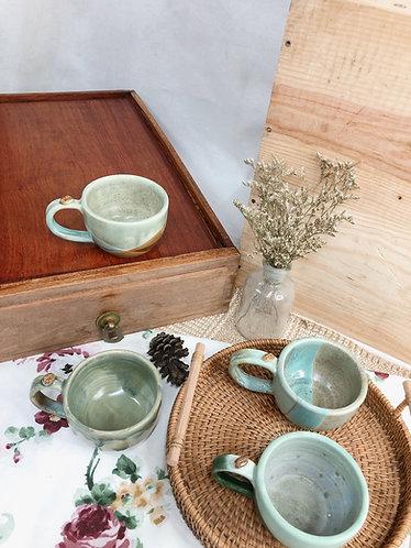 170ml-179ml | Matt green x vintage cup with bean ( 2 designs)