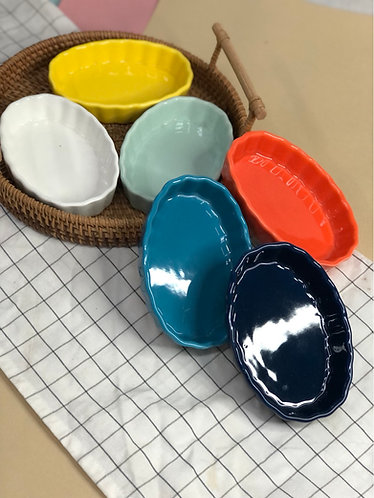 Oval pie tray (6 colours)