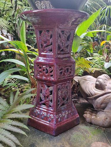 Glossy Glaze Pedestal