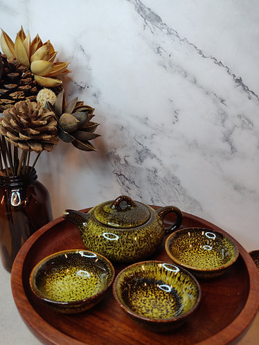 Mustard w Brown Speckled Teapot Set