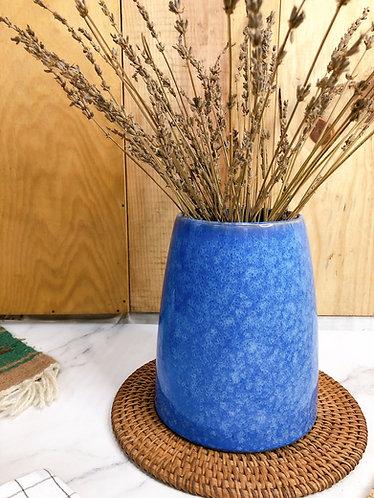 Blue glaze pot