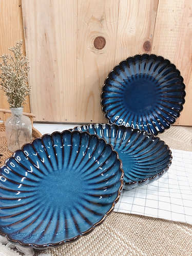 Scallop x blue | Shallow round Plate (3 sizes)