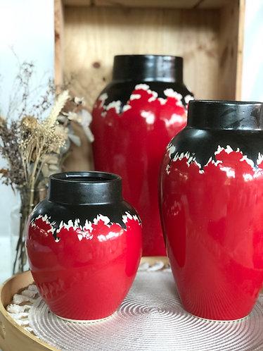 Red x Black glaze vase ( 3 sizes)