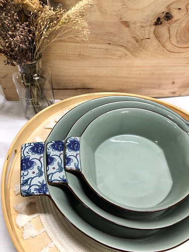 Peony bowl with side handles (3 sizes)