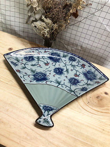 Peony Fan shape plate