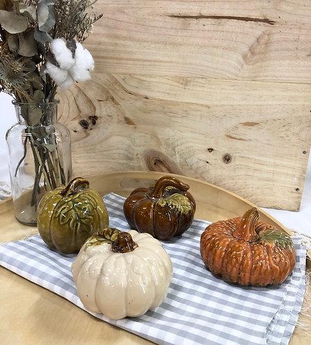 Ceramics decorative pumpkin