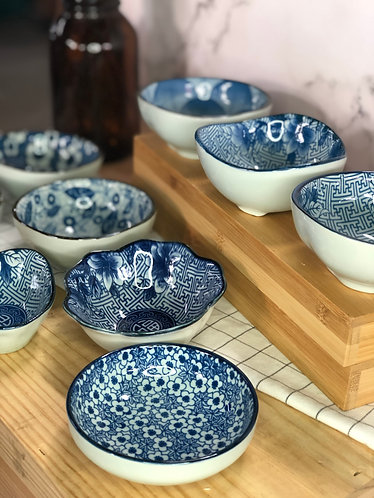 Blue & white small dish