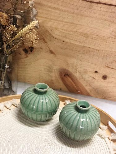 Celadon round pot