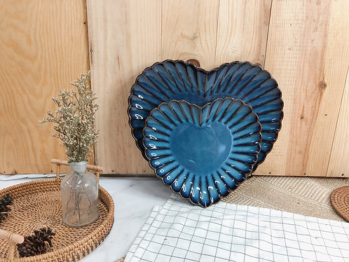 Scallop x blue | Heart Plate  (2 sizes)