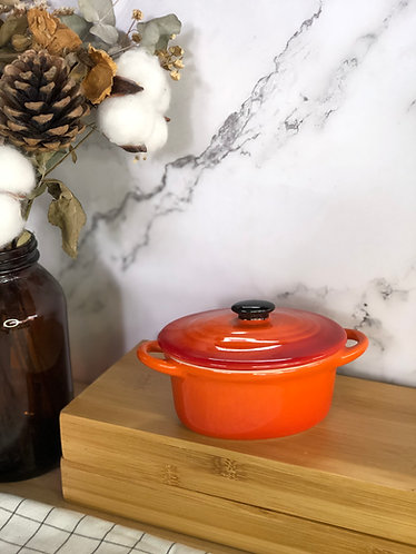 Oval casserole with lid (Mini x 1 colour)
