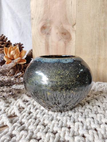 Midnight Sheen Vase