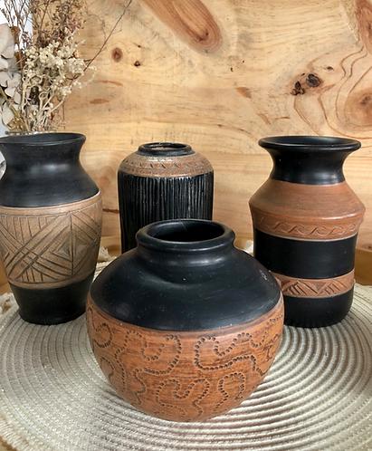Wood-like vase (4 designs)