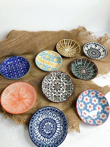 Round saucers ( 9 Designs )