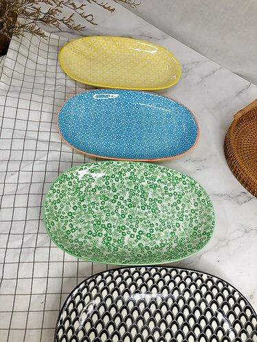 Oval plates (4 prints)