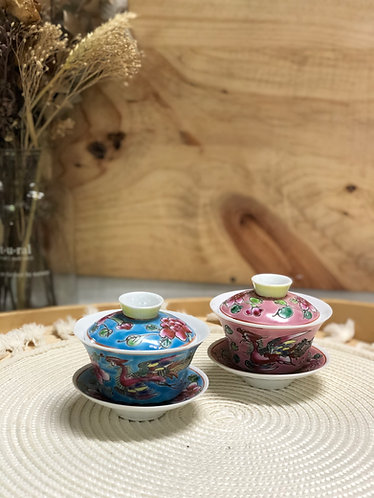 Peranakan chinese Teacup with lid and saucer (2 sizes)