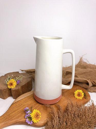 Terracotta x white glaze jug