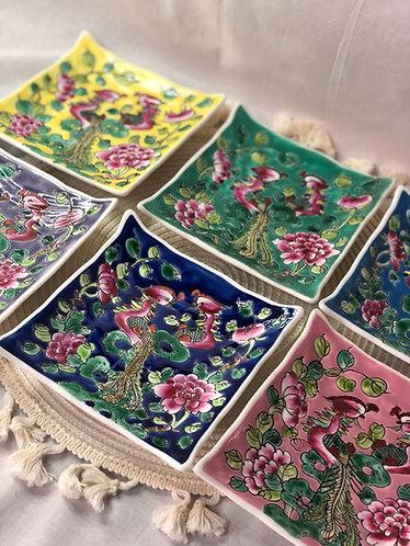 Peranakan small square plate (6 colours)