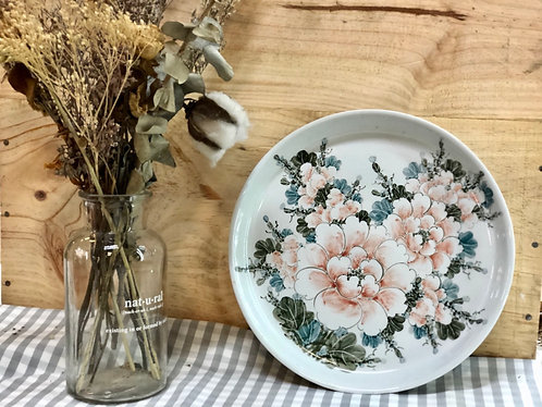 Floral round plate