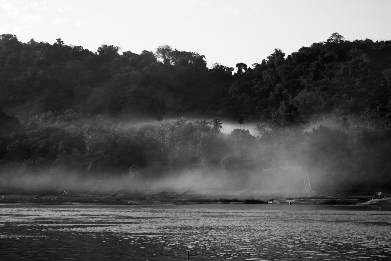 Reportage, Mekong river