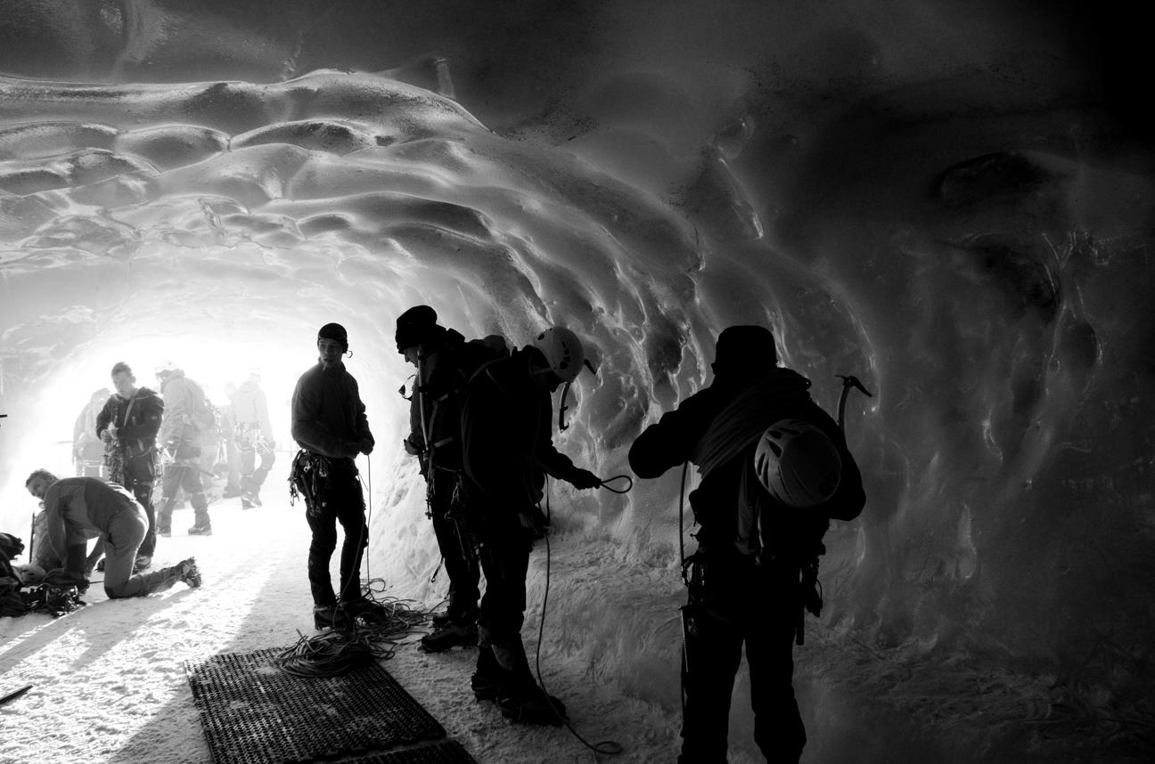 Reportage, Chamonix, tunnel in ice