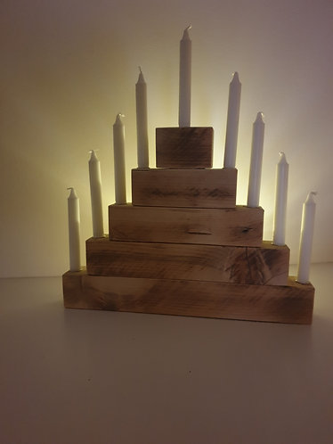 Kerzenpyramide
