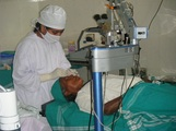 Dr Kavita performing Phaco surgery
