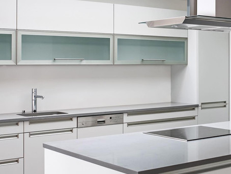 What Type of Glass is best for Your Kitchen Cabinets?