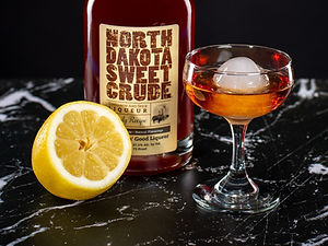 North Dakota Sweet Crude cocktail drink recipe, Dakota Sour
