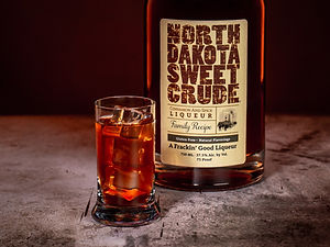 North Dakota Sweet Crude cocktail drink recipe, Dakota Irish Shot