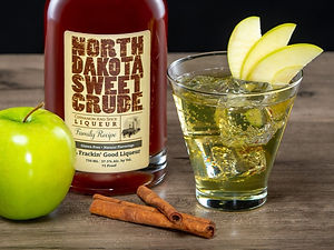 North Dakota Sweet Crude cocktail drink recipe, Sweet Apple Pie