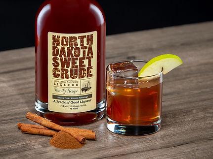 North Dakota Sweet Crude cocktail drink recipe, Crude Apple
