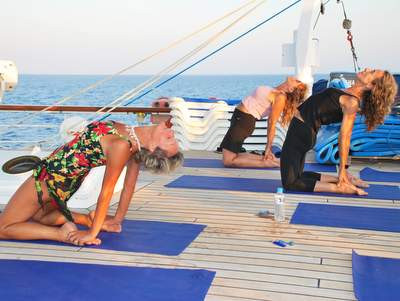ROYAL CLIPPER Yoga