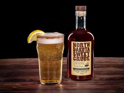 North Dakota Sweet Crude cocktail drink recipe, Killians Shandy Claws