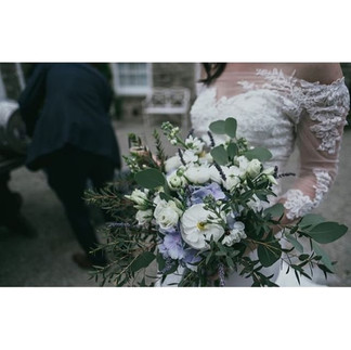 I love using a dash of blue hydrangea in