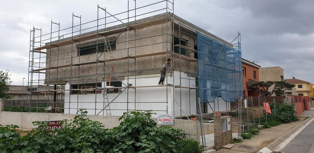 Instal·lació de la façana de SATE