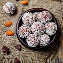 raw-vegan-almond-butter-coconut-chocolat