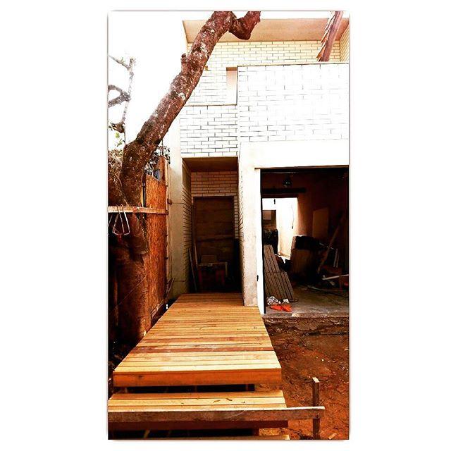 Deck de itauba #grazialessio #madeira #arquiteturaeurbanismo
