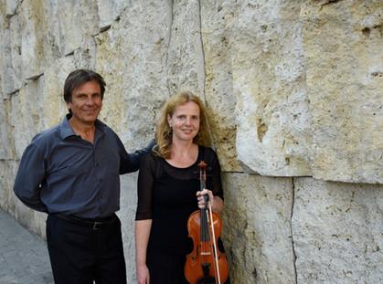 Duo_Esther_Schöpf_und_Norbert_Groh_Foto_Isabelle_Kroetsch(4).jpg